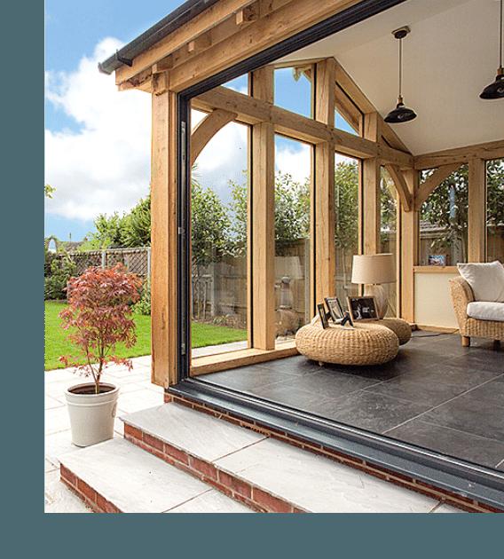 Oak garden room by Designed in Oak, Dorset